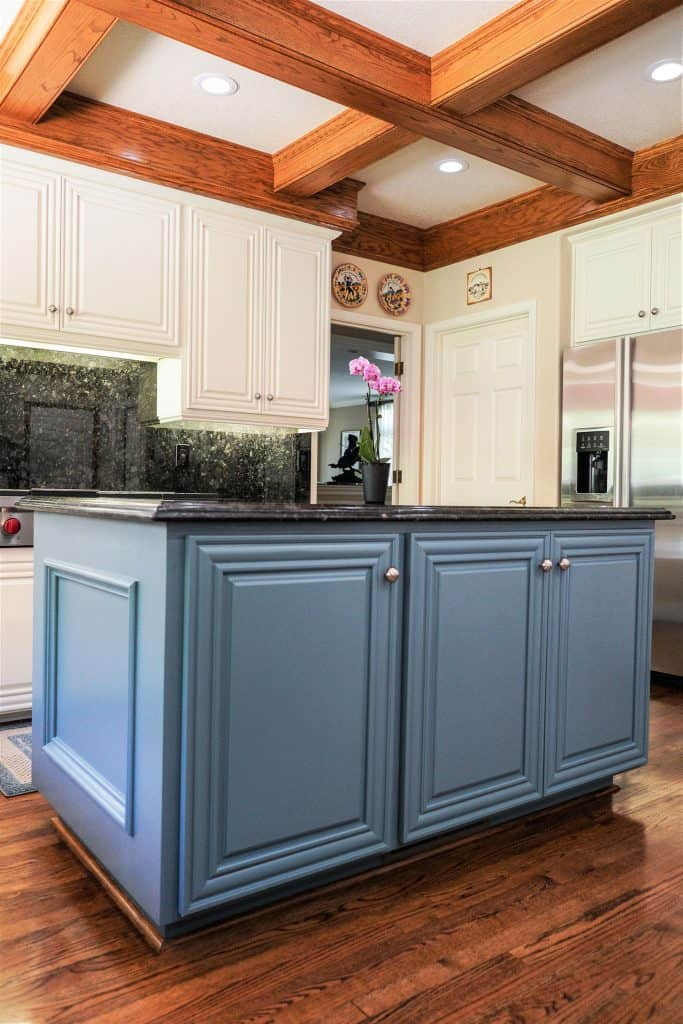 Kitchen Island Cabinet Repaint
